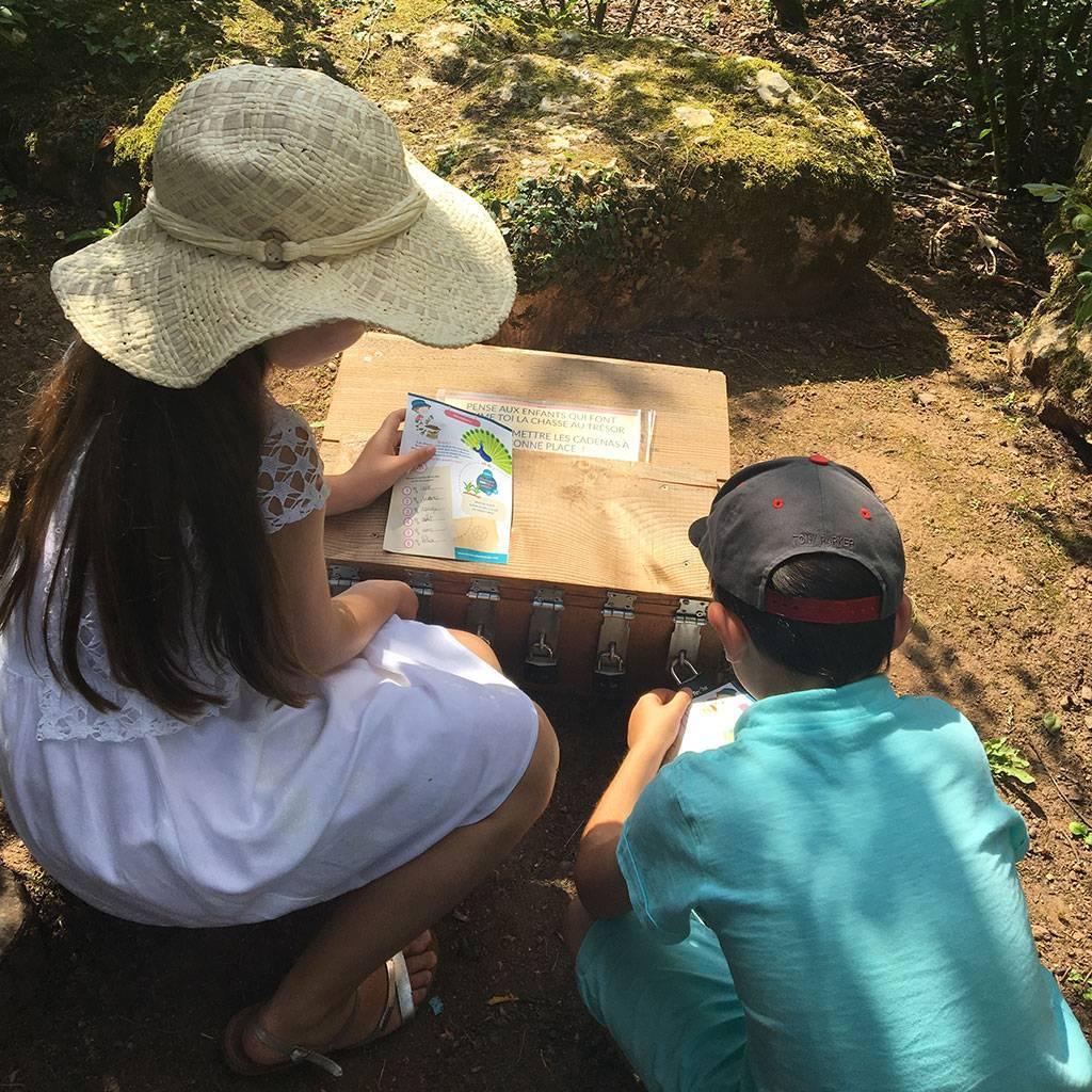 Visitez la roseraie de Doué-la-Fontaine en famille